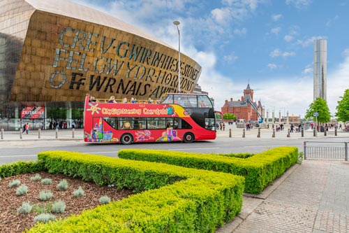 Hop-on/Hop-off-Bustour Cardiff