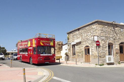 Hop-On/Hop-Off-Bustour Paphos