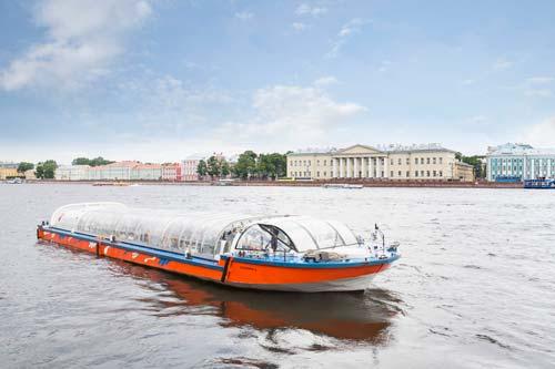 Hop-On Hop-Off St. Petersburg Boat
